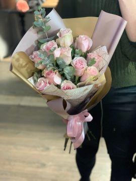 Роза розовая моно