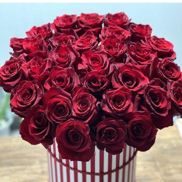 Роза в коробке 31